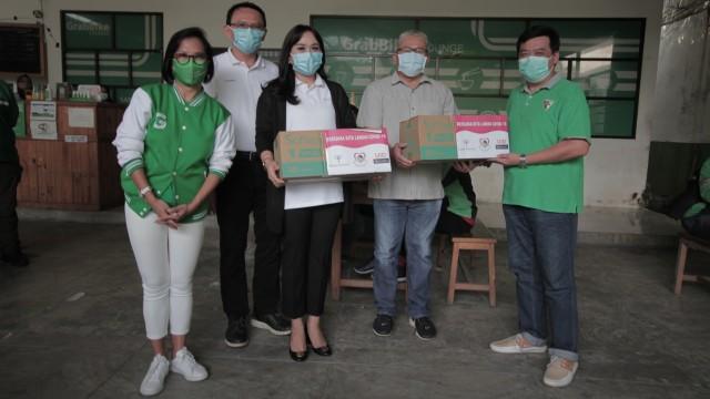 Grab dan Jangkau.id Sumbang 30.000 Masker Gratis untuk Mitra Driver (667433)