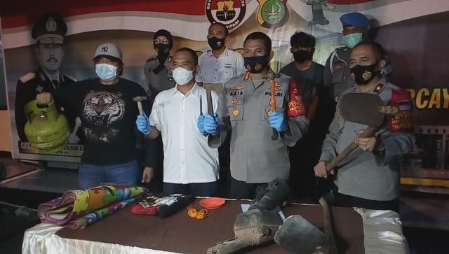 Motif Juan Bunuh Kakak dan Kubur Jasad dalam Kontrakan: Kesal Cekcok soal Nikah (28820)
