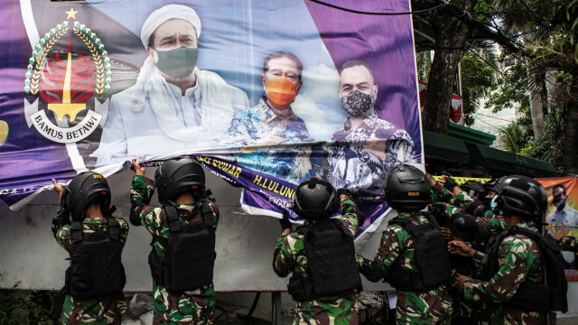 Saling Singgung Pangdam Jaya vs FPI soal Baliho Habib Rizieq (242076)