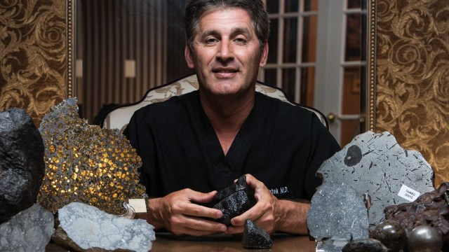 Siapa Jay Piatek? Pembeli Meteor Super Langka yang Jatuh di Tapanuli (763385)