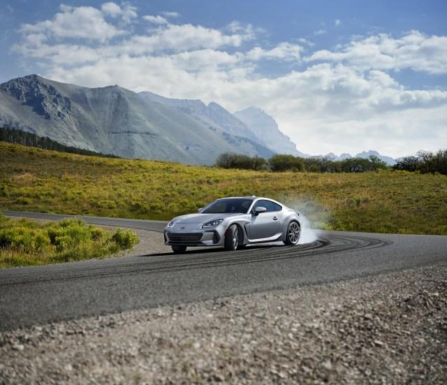 Subaru BRZ Terbaru Diperkenalkan, Pakai Mesin Boxer Baru (45898)