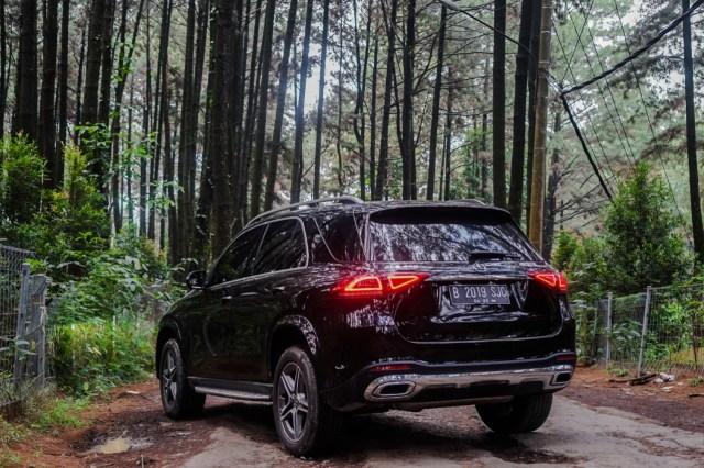 Kencan Singkat dengan SUV Premium Mercedes-Benz GLE 450 Rakitan Wanaherang (120212)