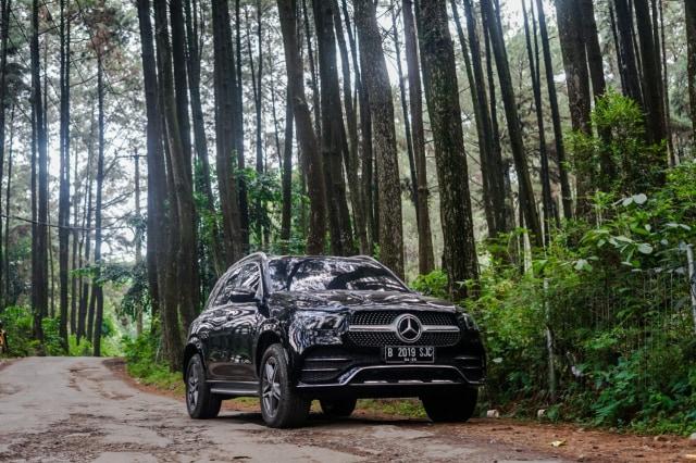 Kencan Singkat dengan SUV Premium Mercedes-Benz GLE 450 Rakitan Wanaherang (120213)
