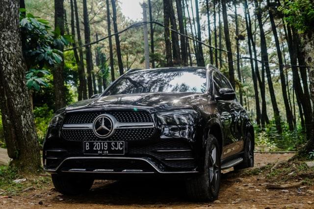 Kencan Singkat dengan SUV Premium Mercedes-Benz GLE 450 Rakitan Wanaherang (120200)
