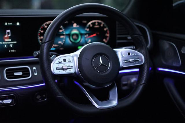 Kencan Singkat dengan SUV Premium Mercedes-Benz GLE 450 Rakitan Wanaherang (120205)