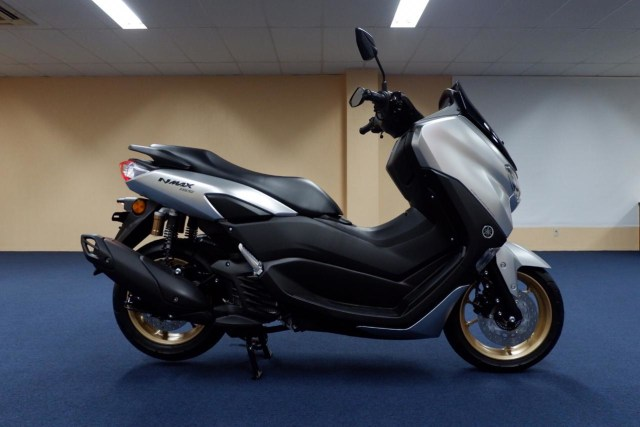 Foto: Lebih Dekat dengan All New Yamaha NMax Standar Versi Upgrade (658850)