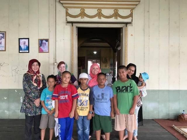 Unggulnya Peradaban Budaya Indonesia bagi Turis Asing   (58210)