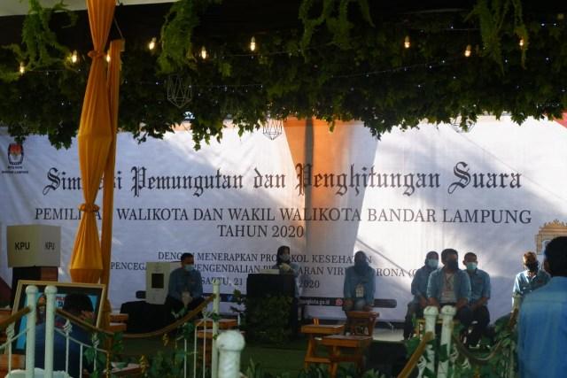KPU Bandar Lampung Gelar Simulasi Pemungutan Suara Pilwalkot 2020 dengan Prokes  (101889)