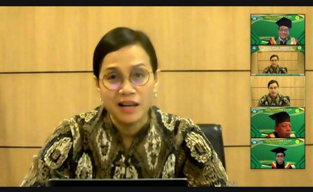 Menteri Keuangan RI di Wisuda UNJ, Indonesia Butuh SDM Berkarakter (130714)
