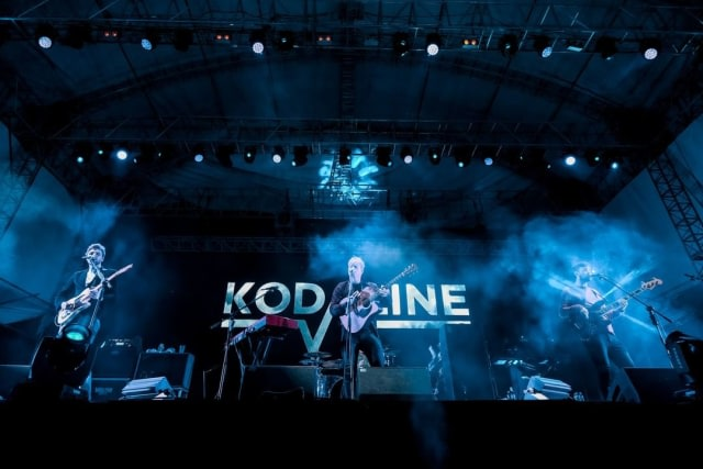 Kodaline Rilis Lagu Natal, This Must Be Christmas (120105)