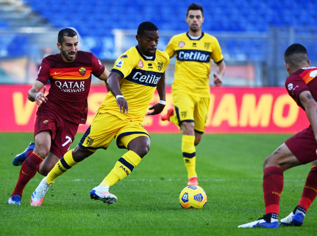 Klasemen Liga Italia: AC Milan Masih Kokoh di Puncak (22806)