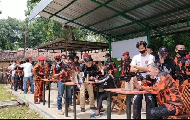 PMP Bersama PP Pemalang Gelar Latihan Bela Negara  (47070)