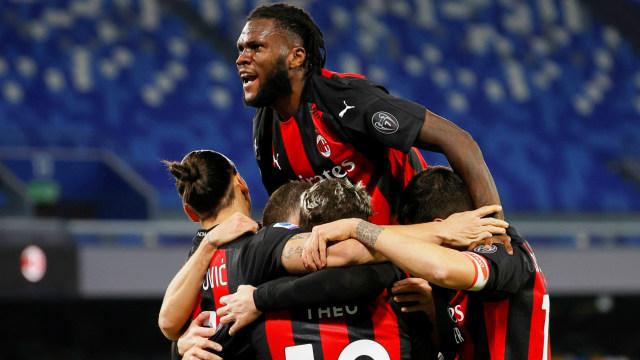 Hasil Lengkap Liga Italia: AS Roma, Inter Milan, AC Milan Menang, Napoli Kalah (6605)