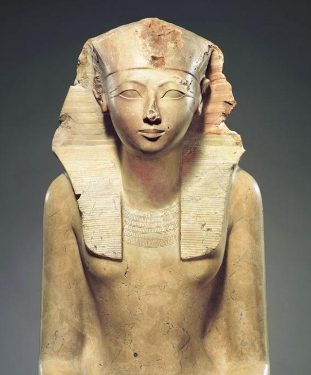 Tentang Perkawinan Sedarah dan Raja Wanita di Mesir Kuno (41406)
