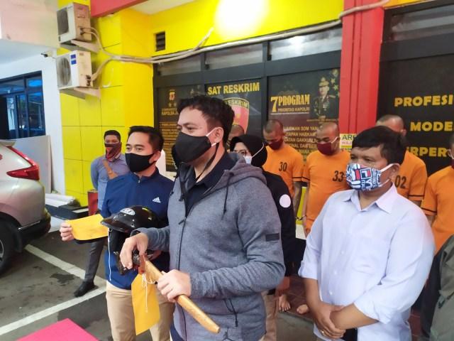 5 Orang Pengeroyok Pemuda di Bandung karena Knalpot Bising Ditangkap (319656)
