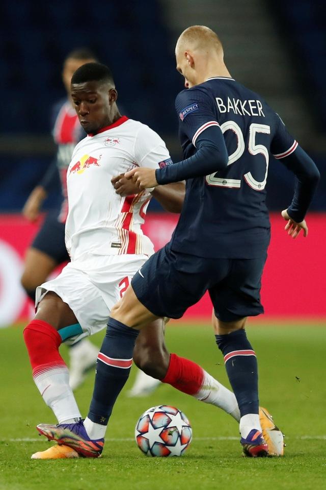 PSG vs RB Leipzig: Gol Penalti Neymar Bawa Les Parisiens Menang (75864)