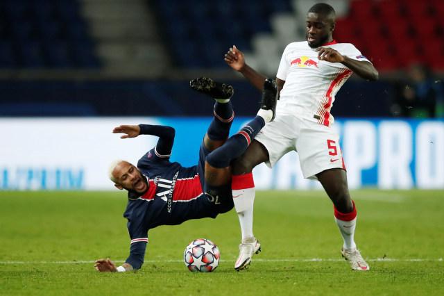 PSG vs RB Leipzig: Gol Penalti Neymar Bawa Les Parisiens Menang (75867)