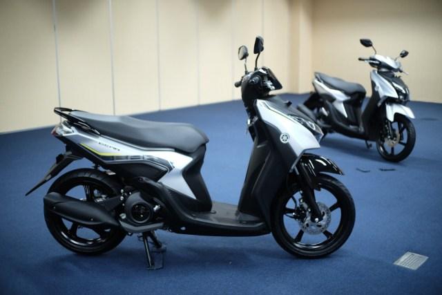 Sama-sama 125 Cc, Pilih Honda Vario atau Yamaha Gear? (23394)