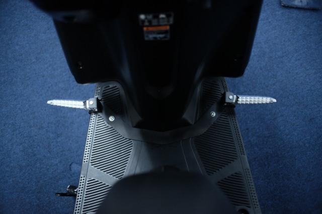 Solusi Yamaha Gear 125 untuk Pemotor yang Doyan Bawa Barang Banyak di Deck  (337977)