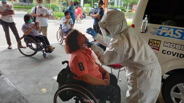 Puluhan Atlet dan Awak NPC Indonesia Jalani Tes Swab meskipun Negatif (106101)