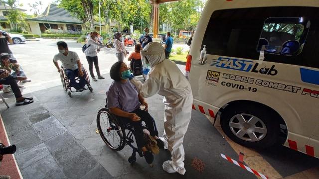 Puluhan Atlet dan Awak NPC Indonesia Jalani Tes Swab meskipun Negatif (106102)