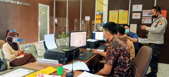 Pemuda di Palembang Nekat Curi Emas Milik Ibunya untuk Modal Nikah (246042)