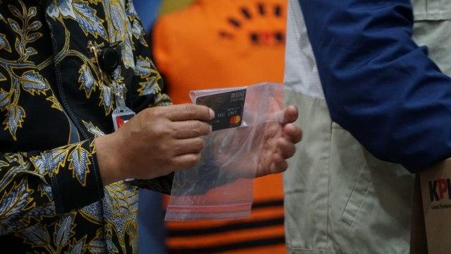 Deretan Bukti Kasus Edhy Prabowo: Sepeda, Tas Hermes, hingga Jam Rolex (1)