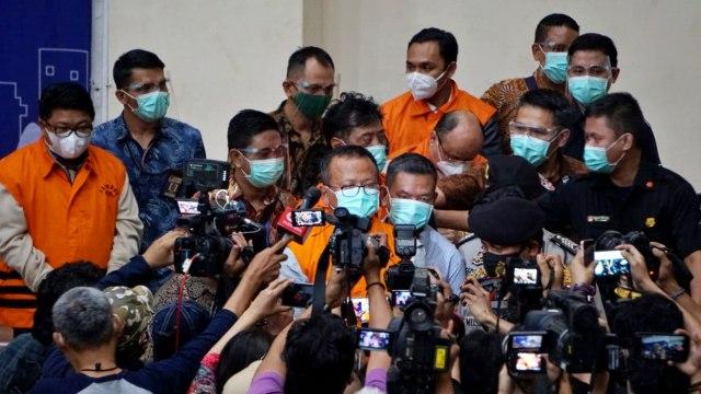 Pernyataan Lengkap Menteri Edhy Prabowo Usai Ditetapkan Tersangka Oleh KPK (592)