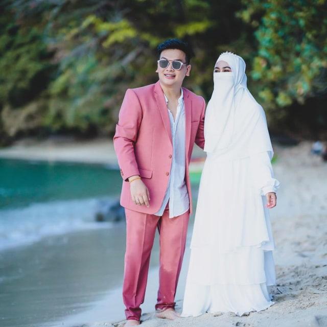 Akhirnya Nikah, Cinta 7 Pasang Artis Ini Mulanya Bersemi Lewat Medsos (51324)