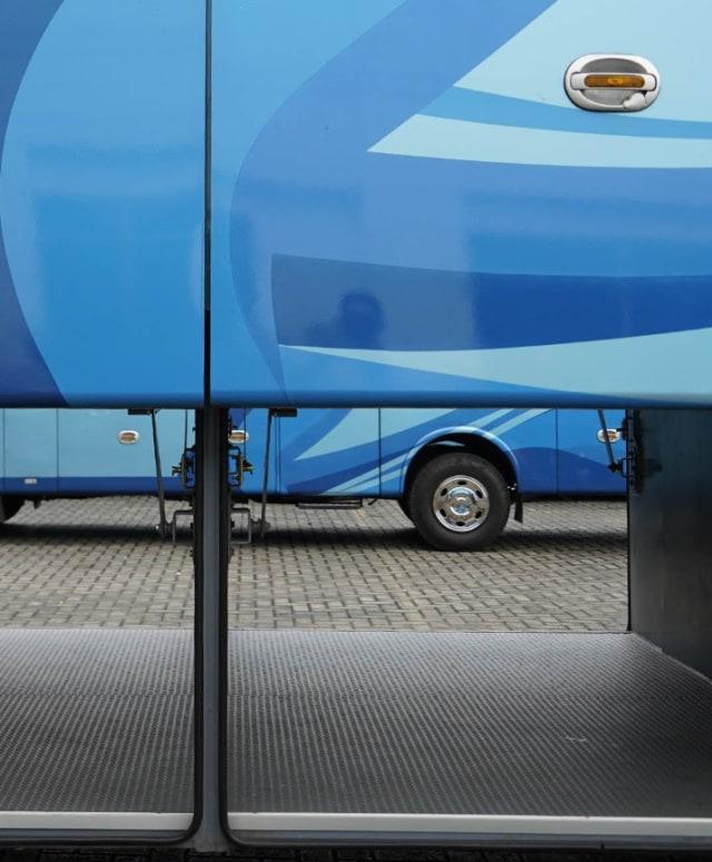 Ini Rahasianya Bagasi Bus Kekinian Bisa Muat Motor hingga Mobil (79664)