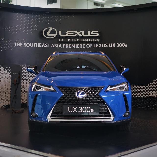 Mobil Listrik Lexus UX 300e Bisa Servis di Diler Toyota? (171877)