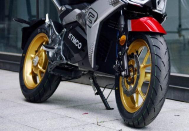 Trio Motor Baru Kymco, Paling Menarik Skutik Listrik Futuristik  (963)