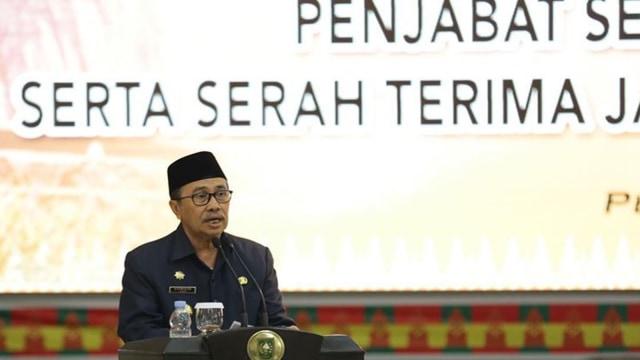 DPRD Riau Tolak Rencana Gubernur Berutang Rp 4 T ke Pihak Ketiga (74320)
