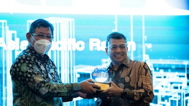 Raih INDI 4.0, Asia Pacific Rayon Dukung Transformasi Industri 4.0 (597297)