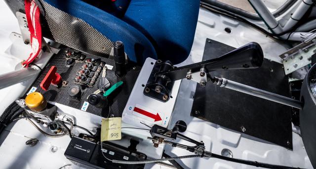 Unik, Mobil MPV Bongsor Ini Pernah Ikut Balap Ketahanan 24 Jam Spa-Francorchamps (9524)