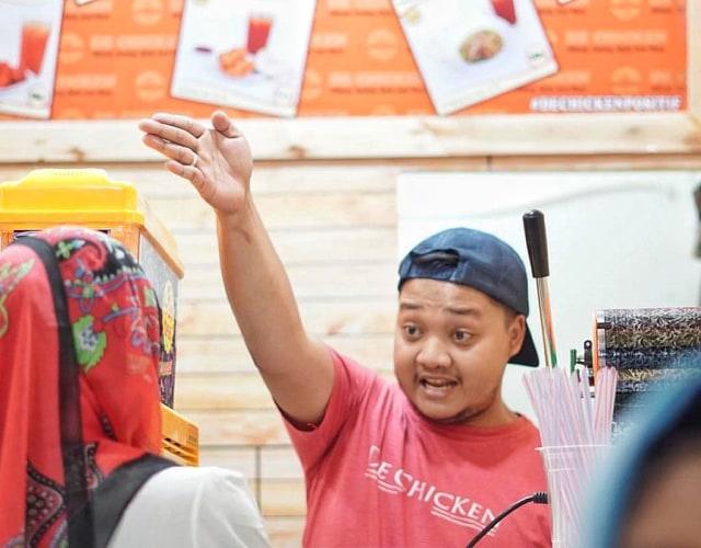 Setiap Hari, Kedai Komes di Malang Sediakan Makanan Gratis (27004)