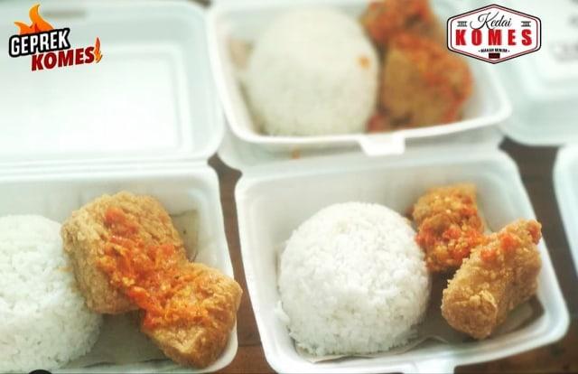 Setiap Hari, Kedai Komes di Malang Sediakan Makanan Gratis (27005)