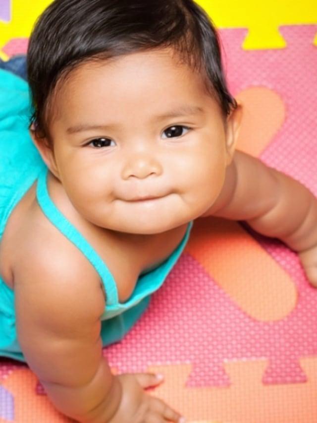Mungkinkah Bayi Terlambat Merangkak Karena Gemuk? (338599)