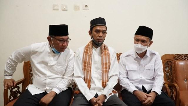 5 Tokoh yang Kampanyekan Akhyar di Medan: AHY, Rocky Gerung, hingga UAS (1245)