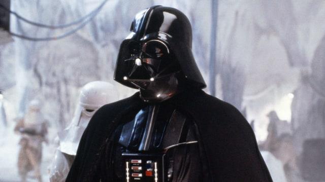 Pemeran Darth Vader, Dave Prowse, Meninggal Dunia (16974)