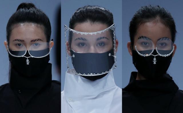 25 Tahun Berkarya, Rinaldy Tampilkan Masker & Face Shield Futuristik di JFW 2021 (23)