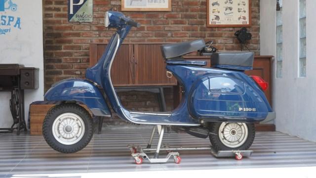 Baru Jalan 47 Km, Vespa P150S Strada Lansiran 1984 Dijual Rp 150 Juta (22445)