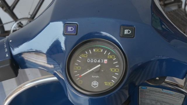 Baru Jalan 47 Km, Vespa P150S Strada Lansiran 1984 Dijual Rp 150 Juta (22447)