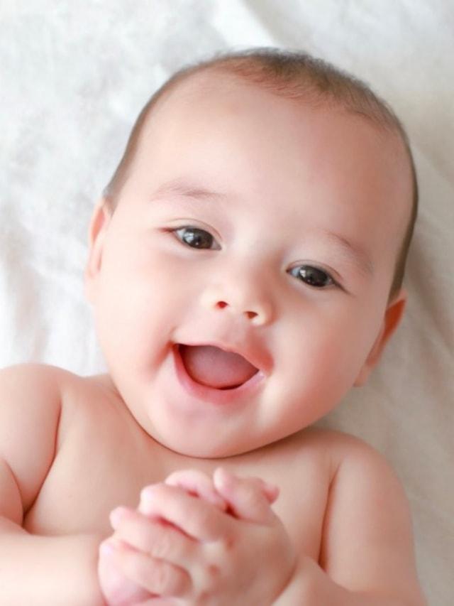 Tahap Perkembangan Tangan Bayi Baru Lahir hingga Usia 1 Tahun (80494)