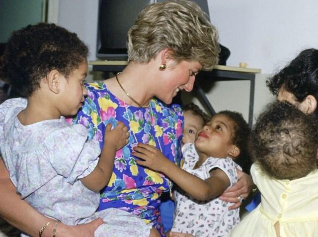 Cara Putri Diana Mengubah Pandangan Dunia tentang Stigma Negatif HIV/AIDS (202113)