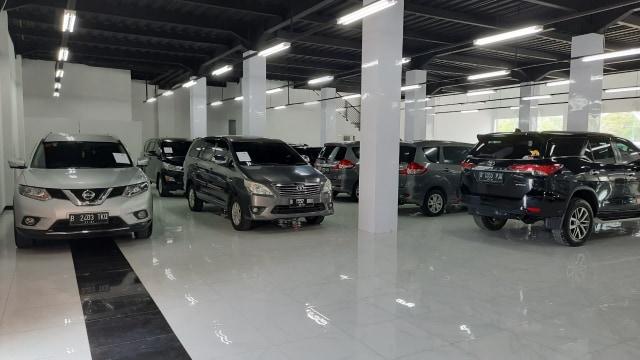 Berita Populer: Nasib Mobil Bekas di Jakarta; Mengenal Jenis Tilang dan Dendanya (59048)