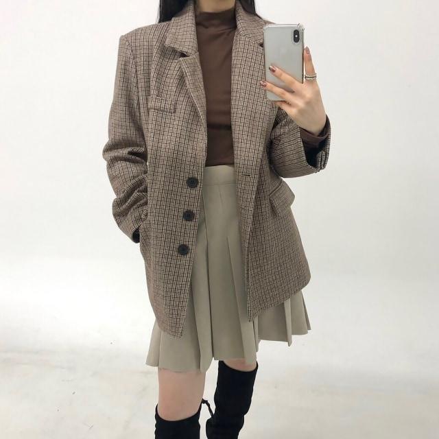 Tips Fashion: Kenakan 4 Jenis Pakaian Ini untuk Menutupi Paha Besar (70229)
