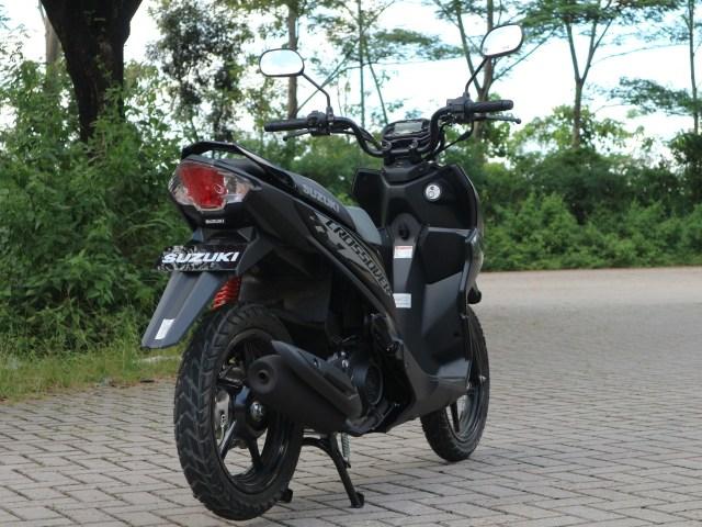 Berita Menarik: Masih 'Manasin' Motor Injeksi; Edisi Perpisahan Yamaha SR400 (73868)