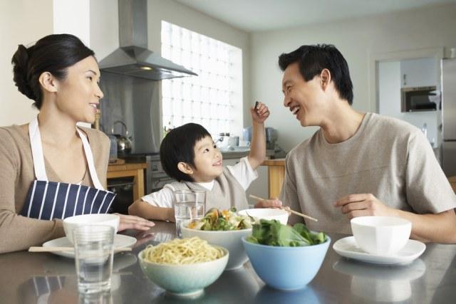 4 Strategi Pengasuhan yang Bisa Dukung Tumbuh Kembang Anak (24233)