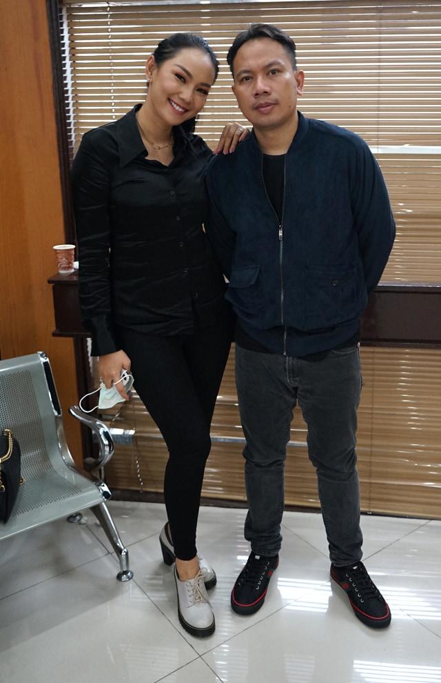 Hubungannya dengan Vicky Prasetyo Dianggap demi Ketenaran, Ini Kata Kalina (21913)